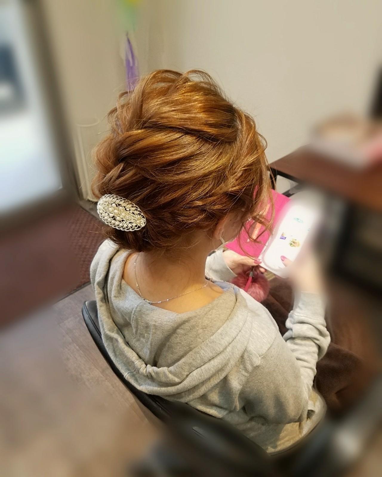 フェミニン アップスタイル ヘアアレンジ 編み込み ヘアスタイルや髪型の写真・画像   mai / HAIR SALON STELLA