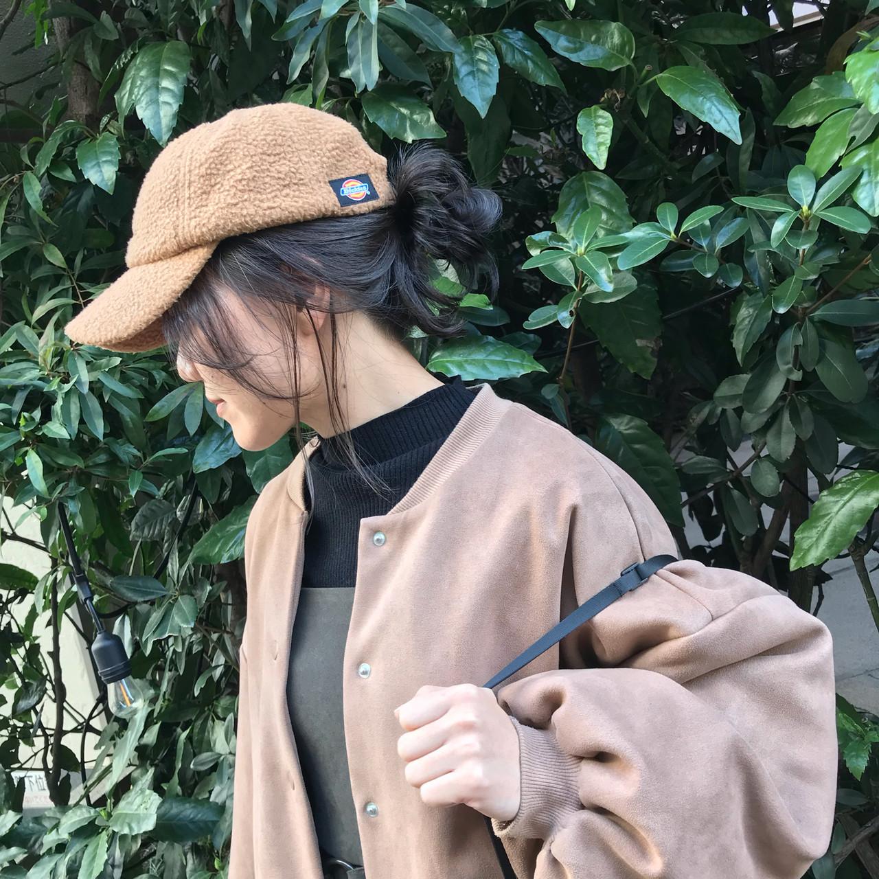 グレージュ ヘアアレンジ 福岡市 ガーリーヘアスタイルや髪型の写真・画像