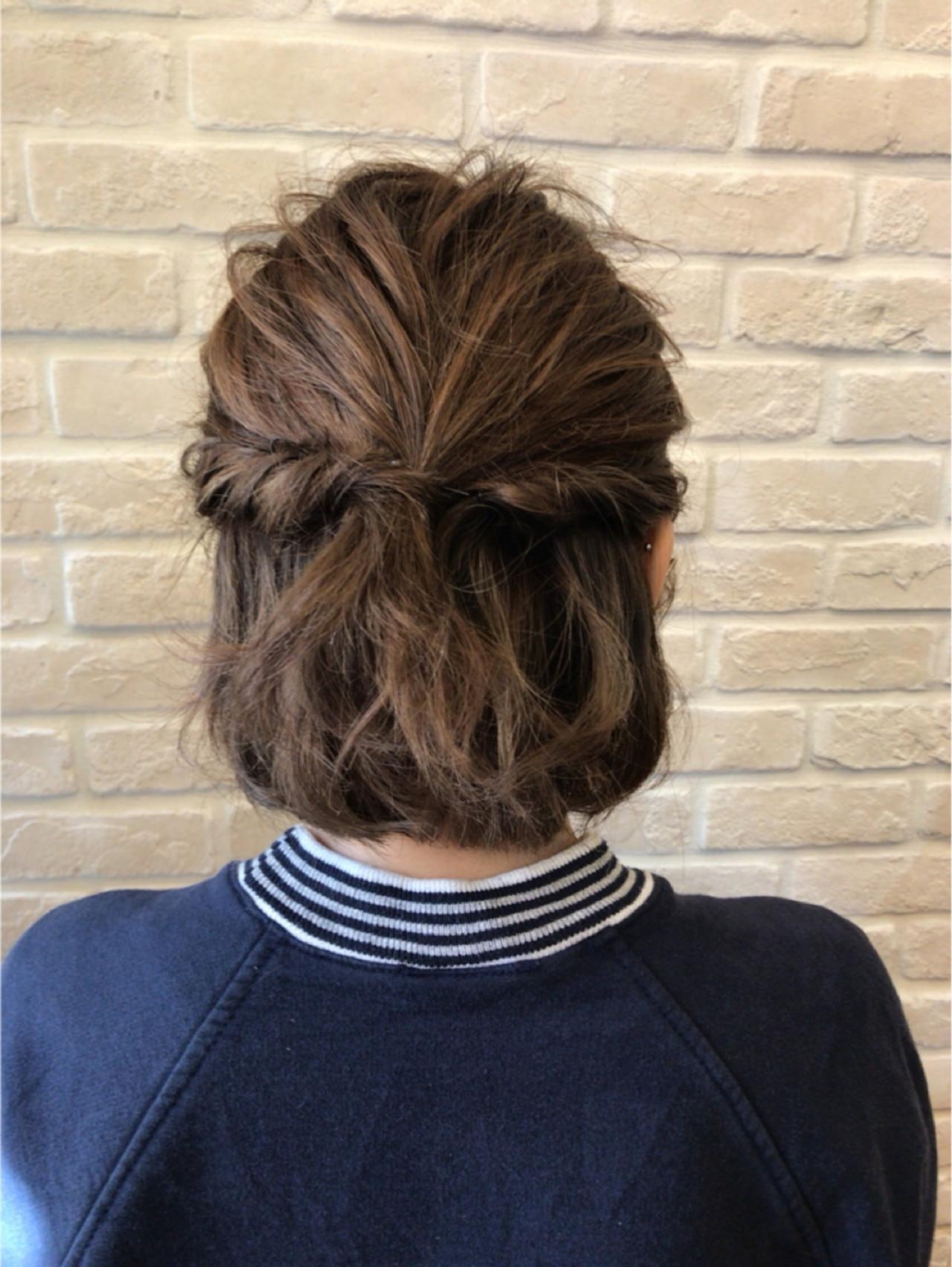ねじり ショート ハイライト 簡単ヘアアレンジ ヘアスタイルや髪型の写真・画像   まりえ / 花やの前の美容室