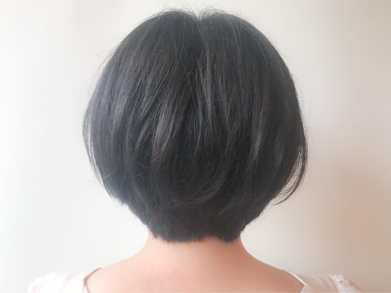 オフィス ショートボブ ゆるふわ 大人かわいい ヘアスタイルや髪型の写真・画像 | HIROKI / roijir / roijir