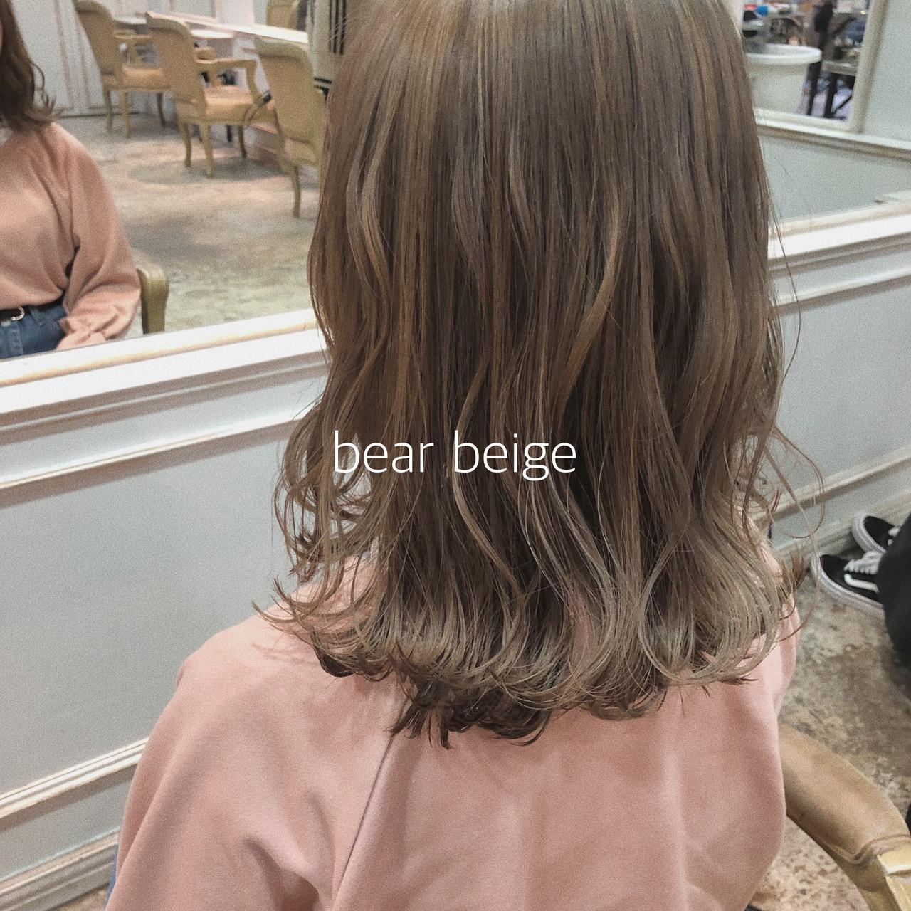 ヘアアレンジ ミルクティーベージュ イルミナカラー ナチュラルベージュ ヘアスタイルや髪型の写真・画像 | ikeo gaku / H-eitf