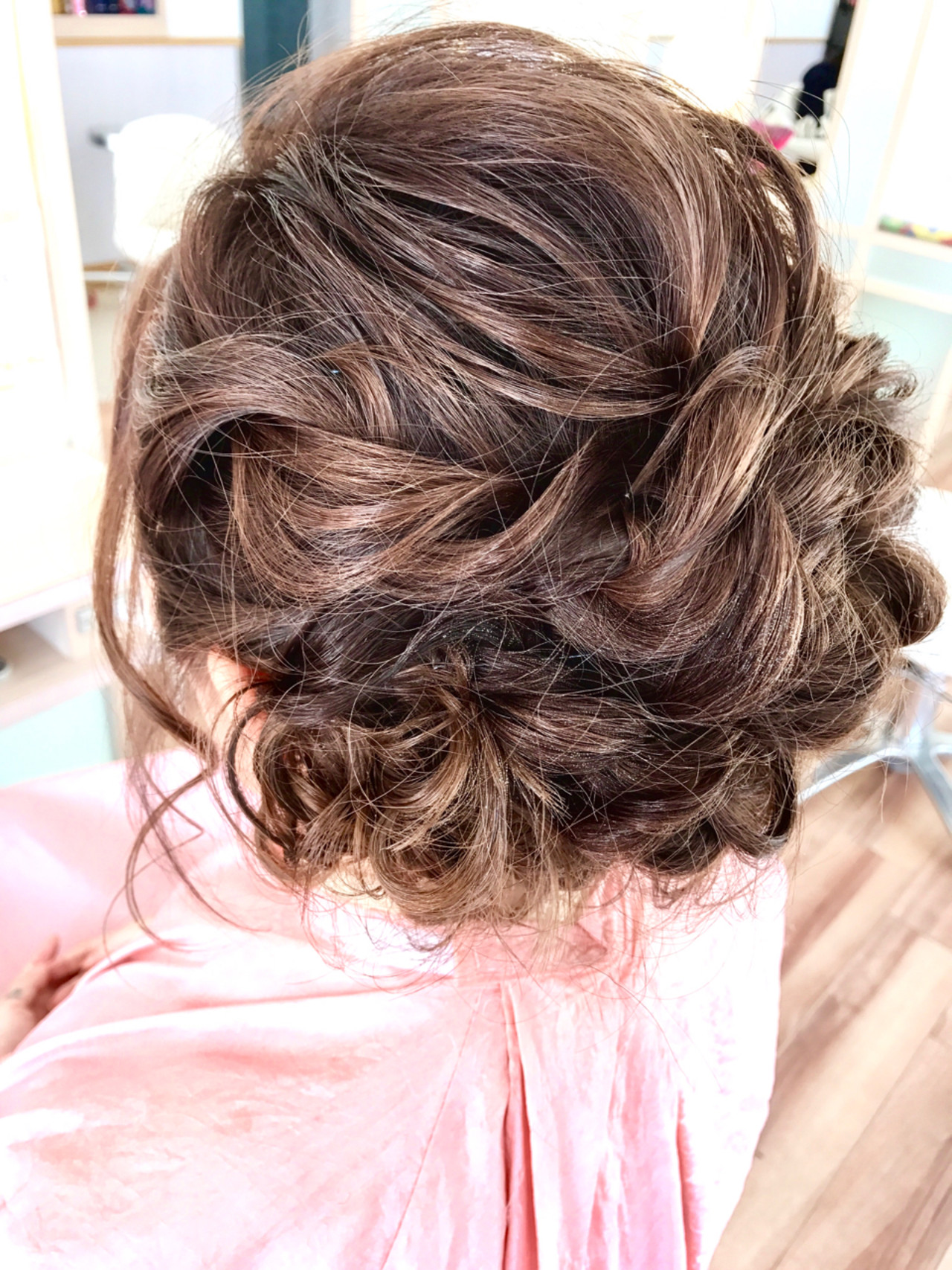 ショート くるりんぱ 簡単ヘアアレンジ シニヨン ヘアスタイルや髪型の写真・画像   小林 由佳 / SALON DE NA-TSU