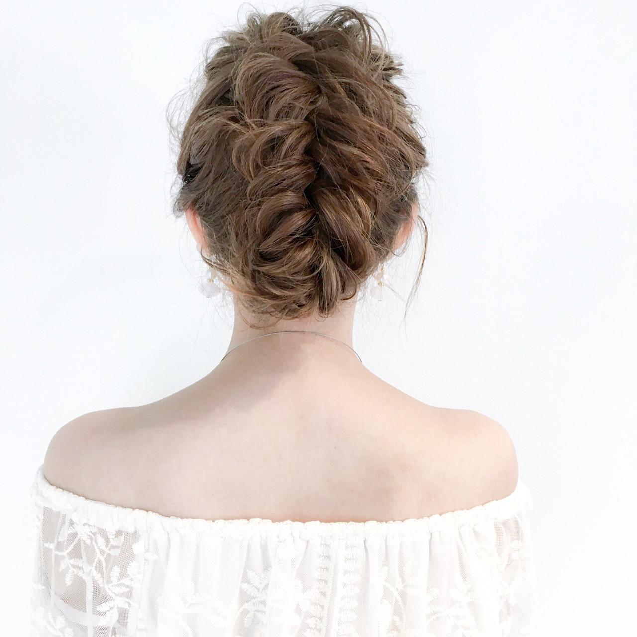 エレガント ヘアアレンジ フィッシュボーン セミロング ヘアスタイルや髪型の写真・画像