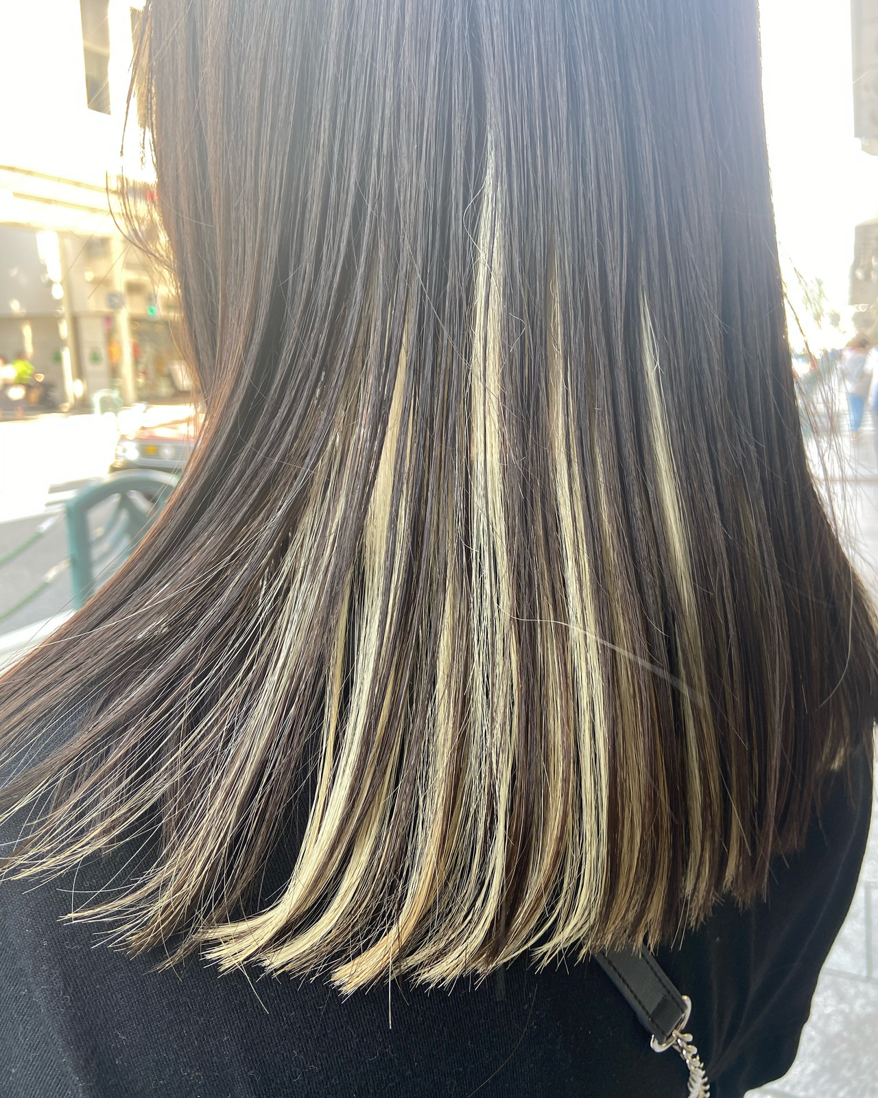 ナチュラル インナーカラー ブリーチカラー ブリーチ ヘアスタイルや髪型の写真・画像