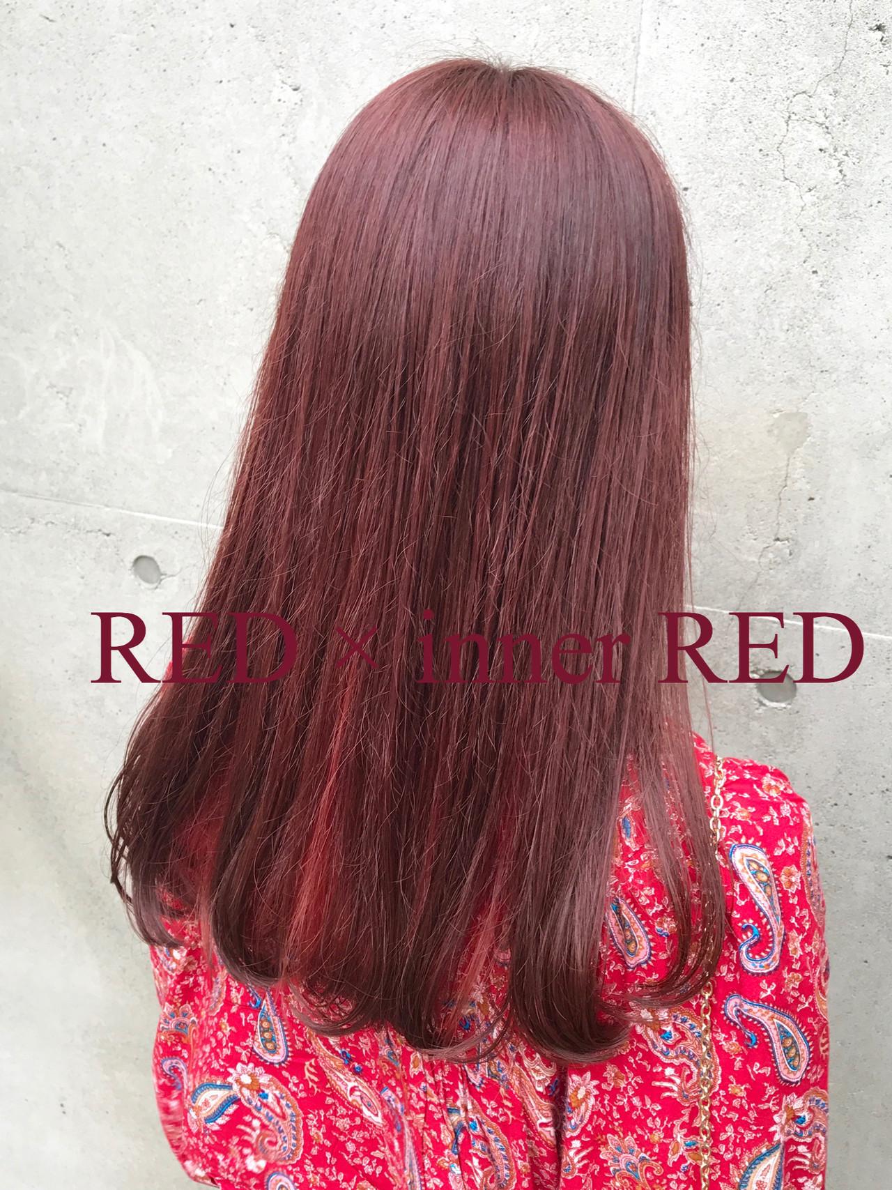 ピンク ハイトーン ストリート レッドヘアスタイルや髪型の写真・画像