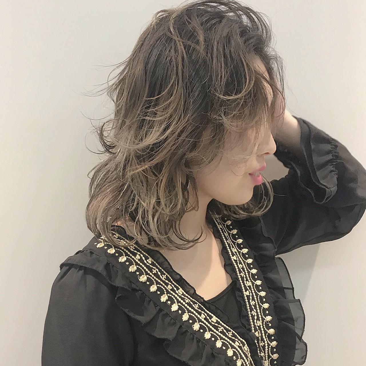 グレージュ グラデーションカラー 外国人風カラー ストリート ヘアスタイルや髪型の写真・画像 | 'AXIS YOU / AXIS