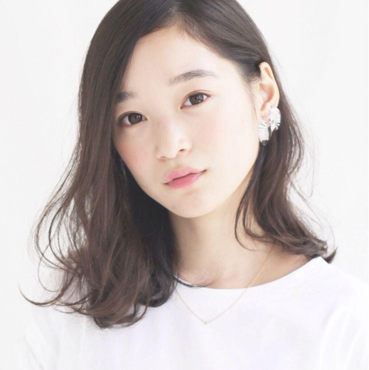 モテる女子は実践中!可愛すぎる黒髪ミディアムパーマ12選♡ 佐野 正人 / nanuk