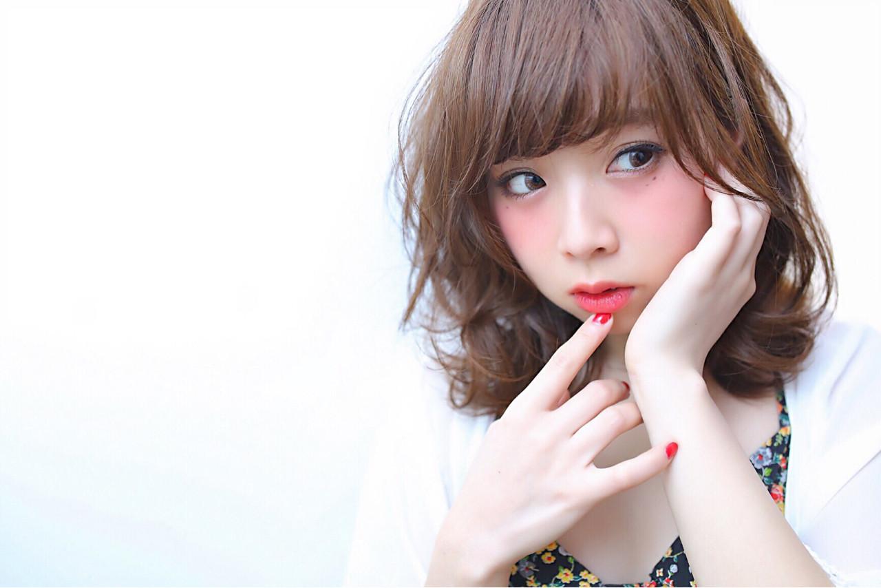 ミディアム ゆるふわ フェミニン 透明感 ヘアスタイルや髪型の写真・画像 | 高瀬 功二 / Liliy