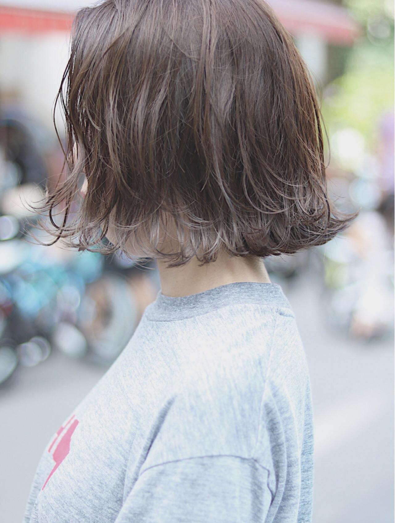 グレージュ ナチュラル オフィス ボブ ヘアスタイルや髪型の写真・画像 | 首藤慎吾 / free-lance