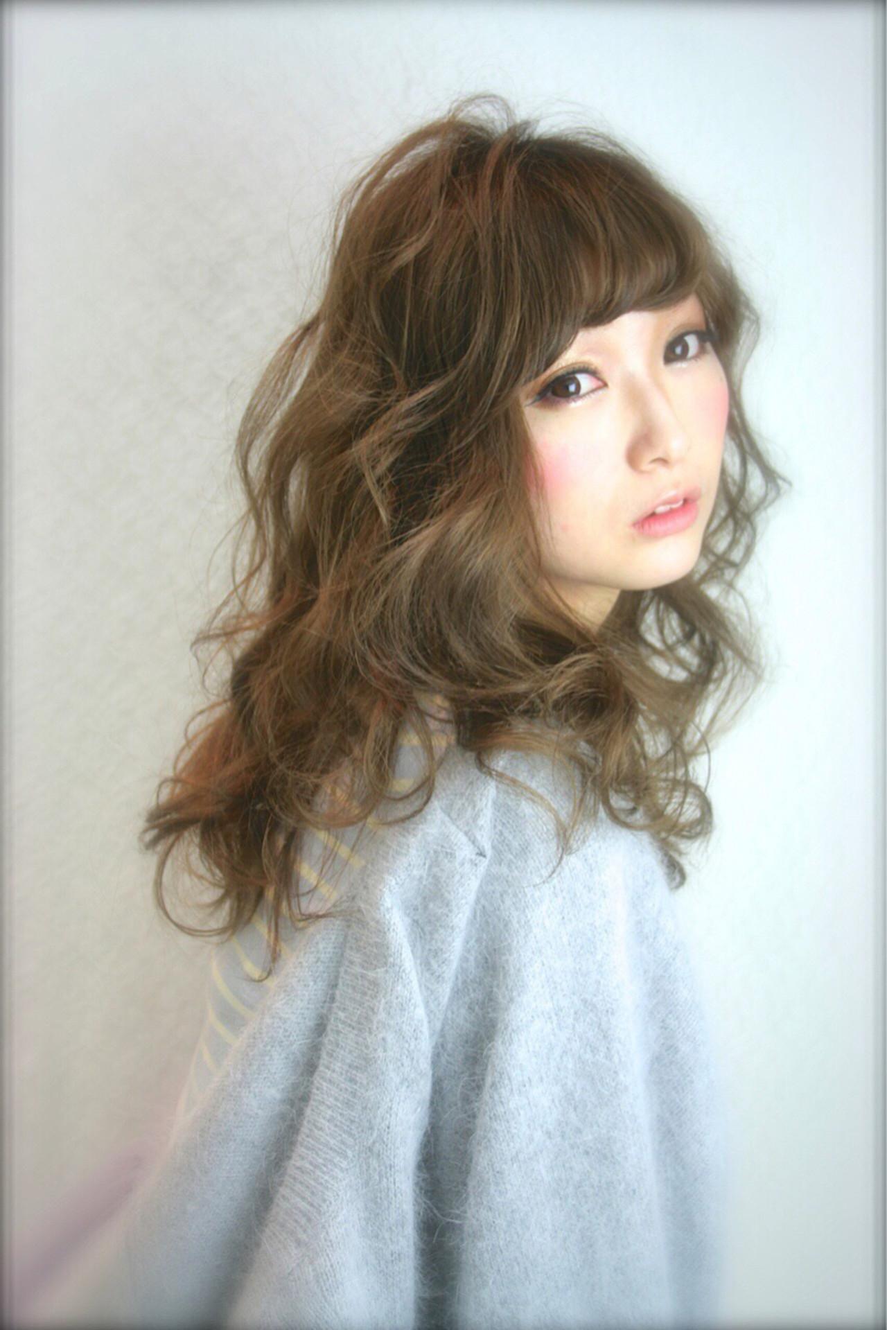 ゆるふわ 大人かわいい ロング 外国人風 ヘアスタイルや髪型の写真・画像 | 橋口 武史 RBY blanc / RBY blanc