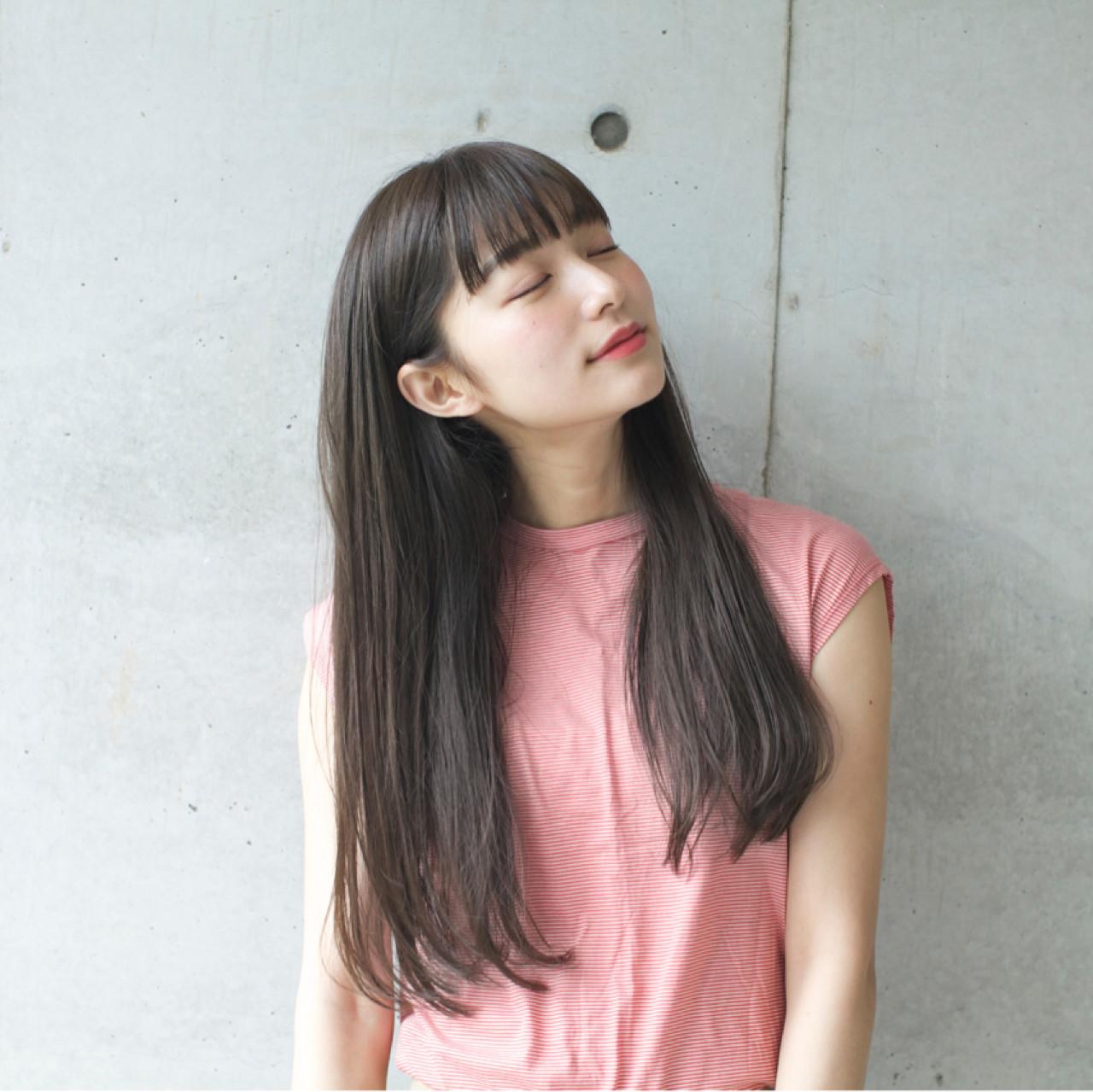 デート ハイライト ミルクティー ナチュラル ヘアスタイルや髪型の写真・画像 | 佐脇 正徳 / LOAVE AOYAMA(ローヴ アオヤマ)