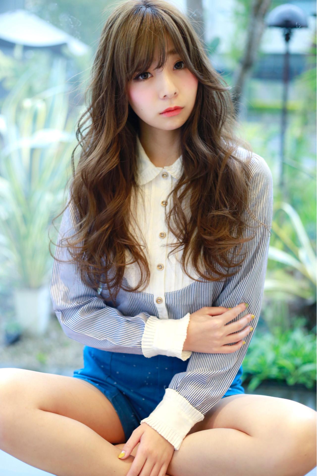 フェミニン 前髪あり 小顔 こなれ感 ヘアスタイルや髪型の写真・画像 | 堀井 大輔 / CLOWNhair