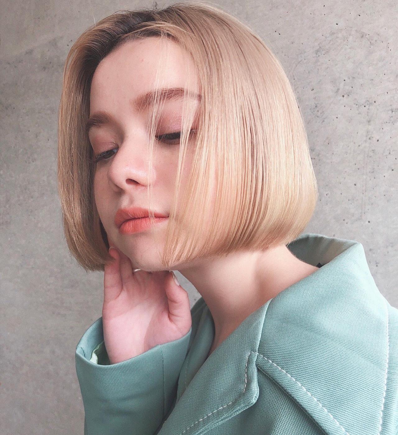 切りっぱなしボブ ミニボブ ボブ ハイトーン ヘアスタイルや髪型の写真・画像