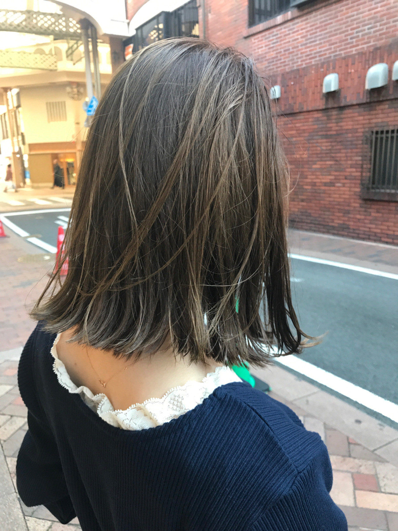 外国人風カラー 外ハネ 切りっぱなし アッシュ ヘアスタイルや髪型の写真・画像 | 桝田 由佳 / フリーランスでしてます!お電話のご予約不可です