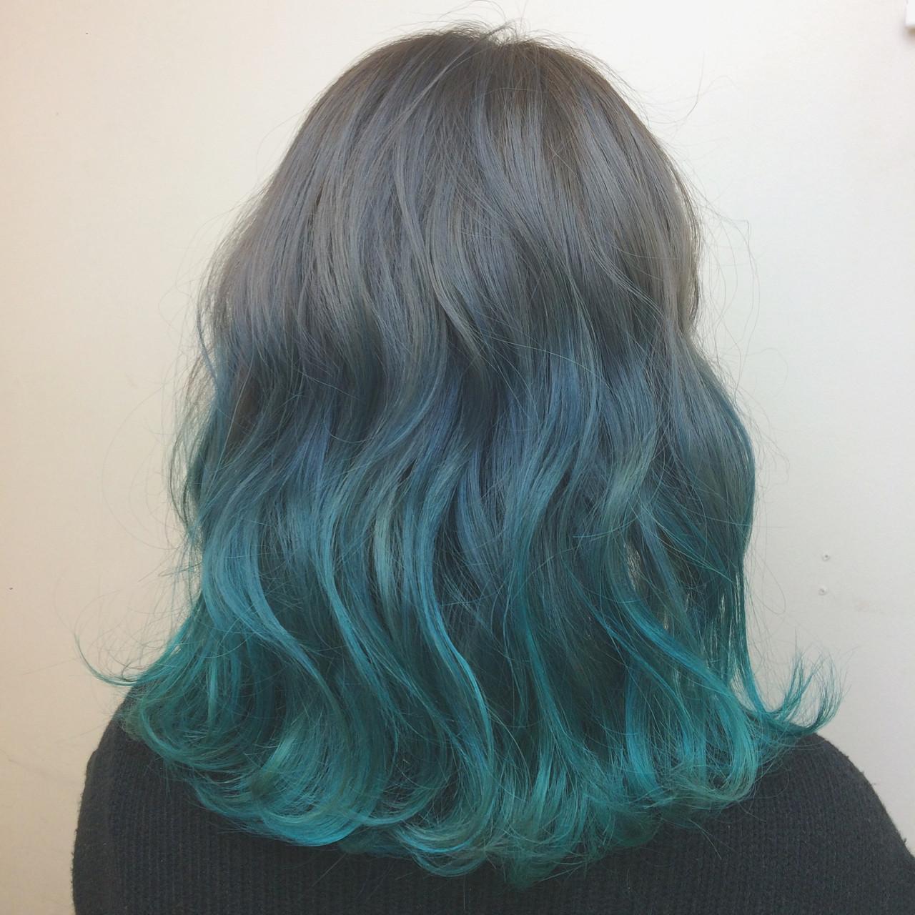 ダブルカラー ブリーチ グラデーションカラー ミディアムヘアスタイルや髪型の写真・画像