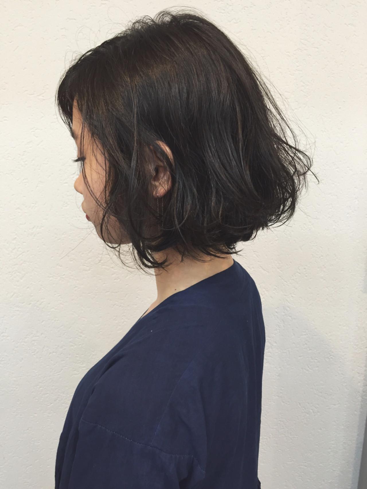 パーマ 色気 ナチュラル ボブ ヘアスタイルや髪型の写真・画像 | OYAMA KENICHI / BALLOON HAIR