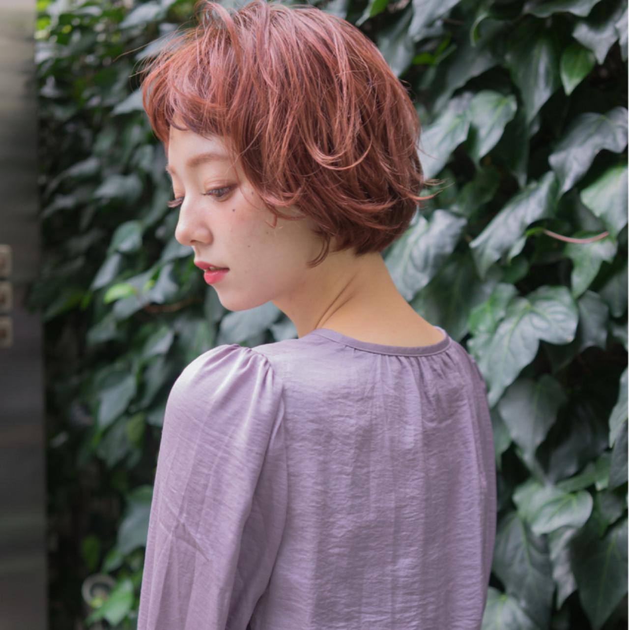 ワイドバング 外国人風 ボブ ニュアンス ヘアスタイルや髪型の写真・画像 | 祖父江基志 / NOESALON