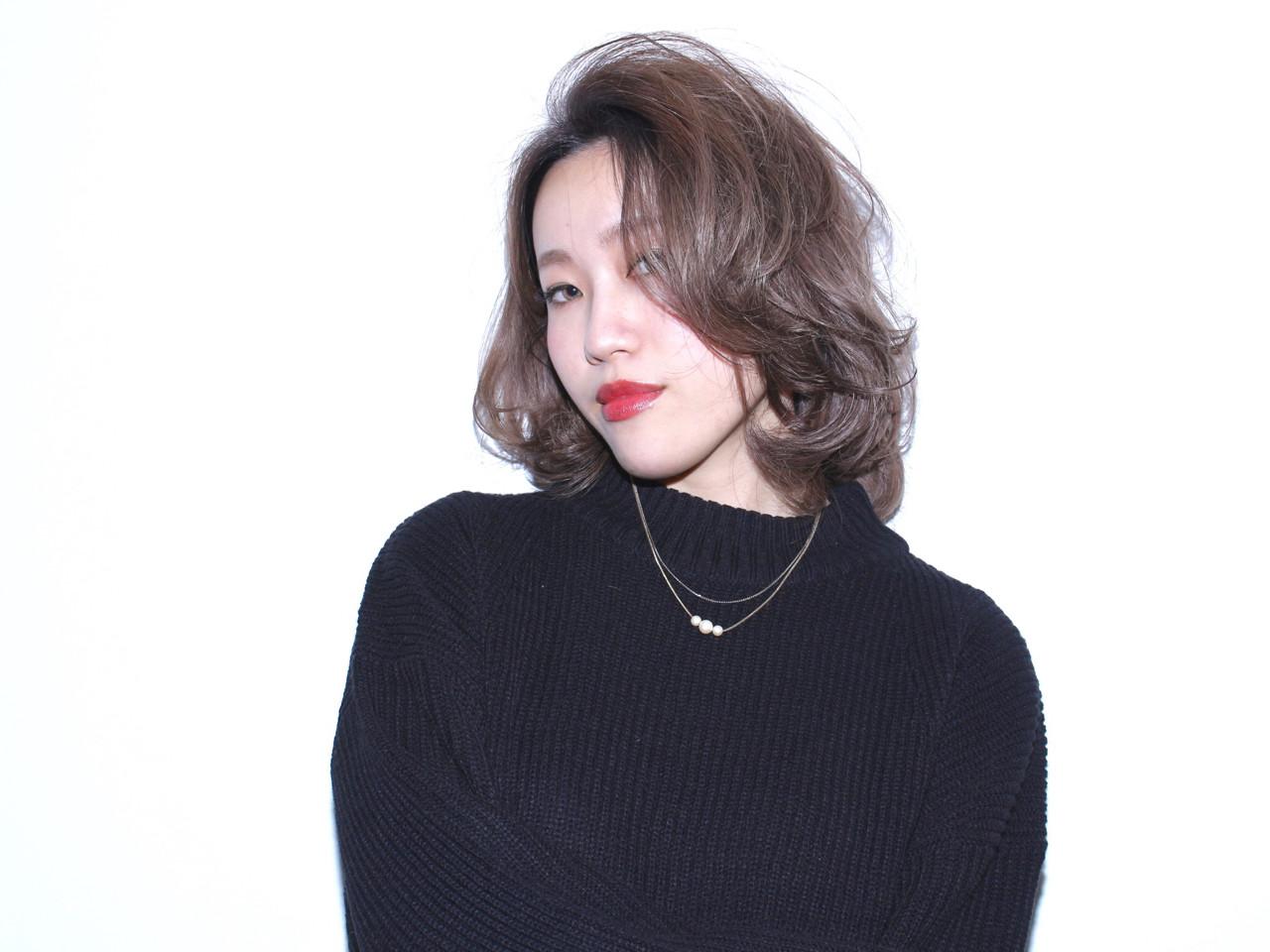 外国人風 グレージュ ボブ ハイトーン ヘアスタイルや髪型の写真・画像   川村 葵 / JAP  S salon