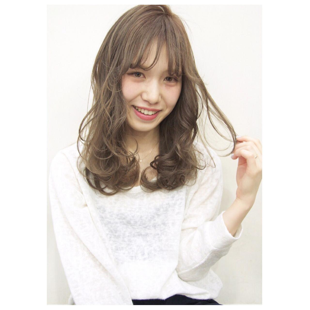 ミディアム レイヤーカット 黒髪 パーマ ヘアスタイルや髪型の写真・画像 | Ryota Yamamoto Daisy / Daisy