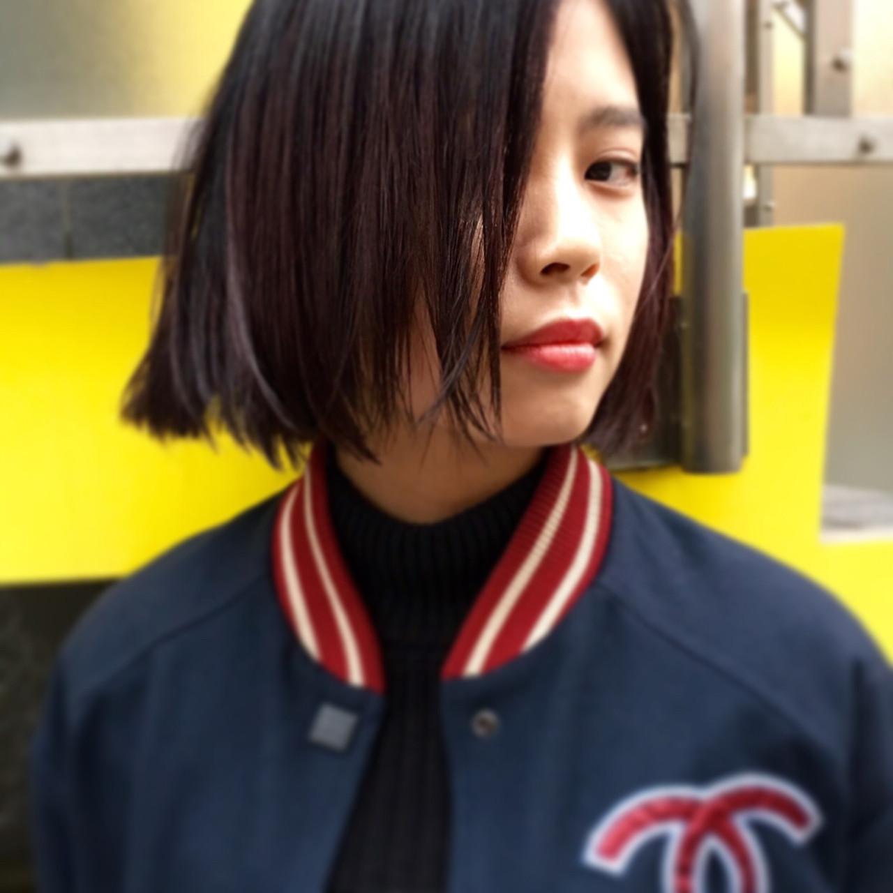 外国人風 ストリート ストレート 暗髪ヘアスタイルや髪型の写真・画像