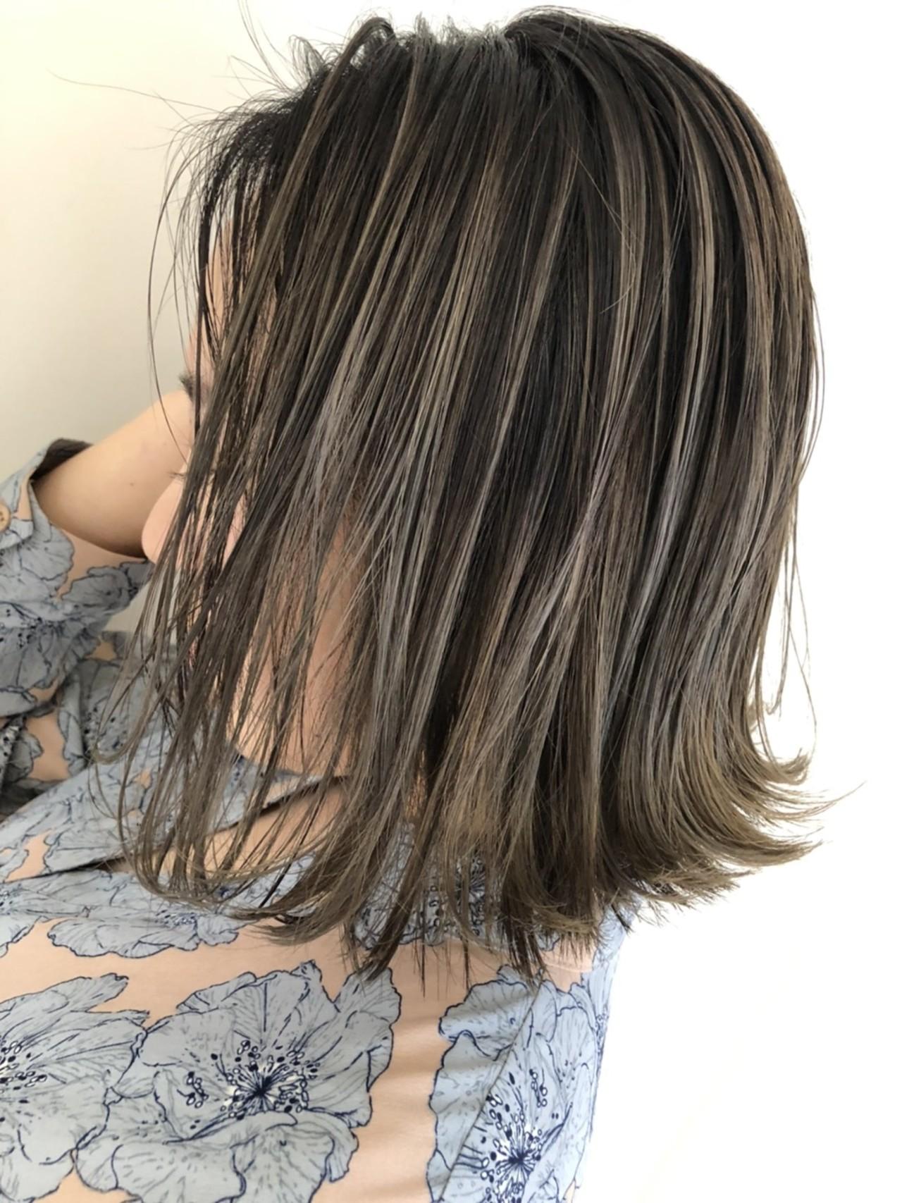 コントラストハイライト 大人ハイライト バレイヤージュ ボブヘアスタイルや髪型の写真・画像