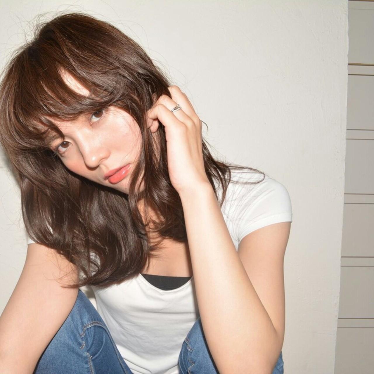 前髪あり 大人かわいい ナチュラル ミディアム ヘアスタイルや髪型の写真・画像   猪村有希 /