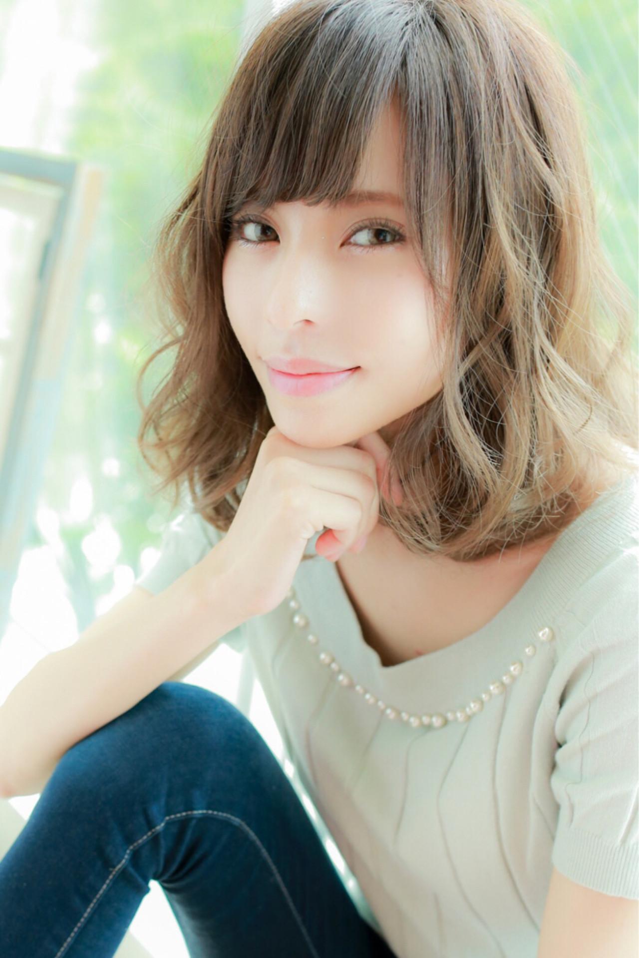 ゆるふわ ミディアム 大人かわいい フェミニン ヘアスタイルや髪型の写真・画像   大場 春奈 / Natura栄