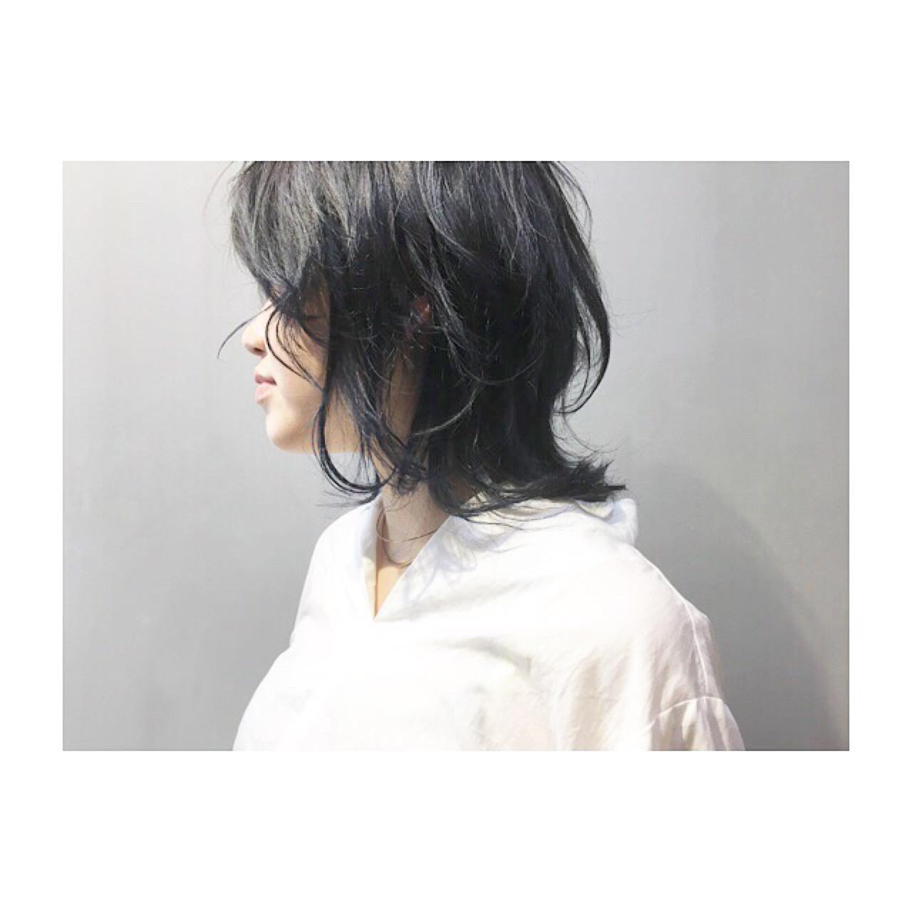 グレーアッシュ ブルー ミディアム 前髪あり ヘアスタイルや髪型の写真・画像 | COM PASS 太一 / COM PASS