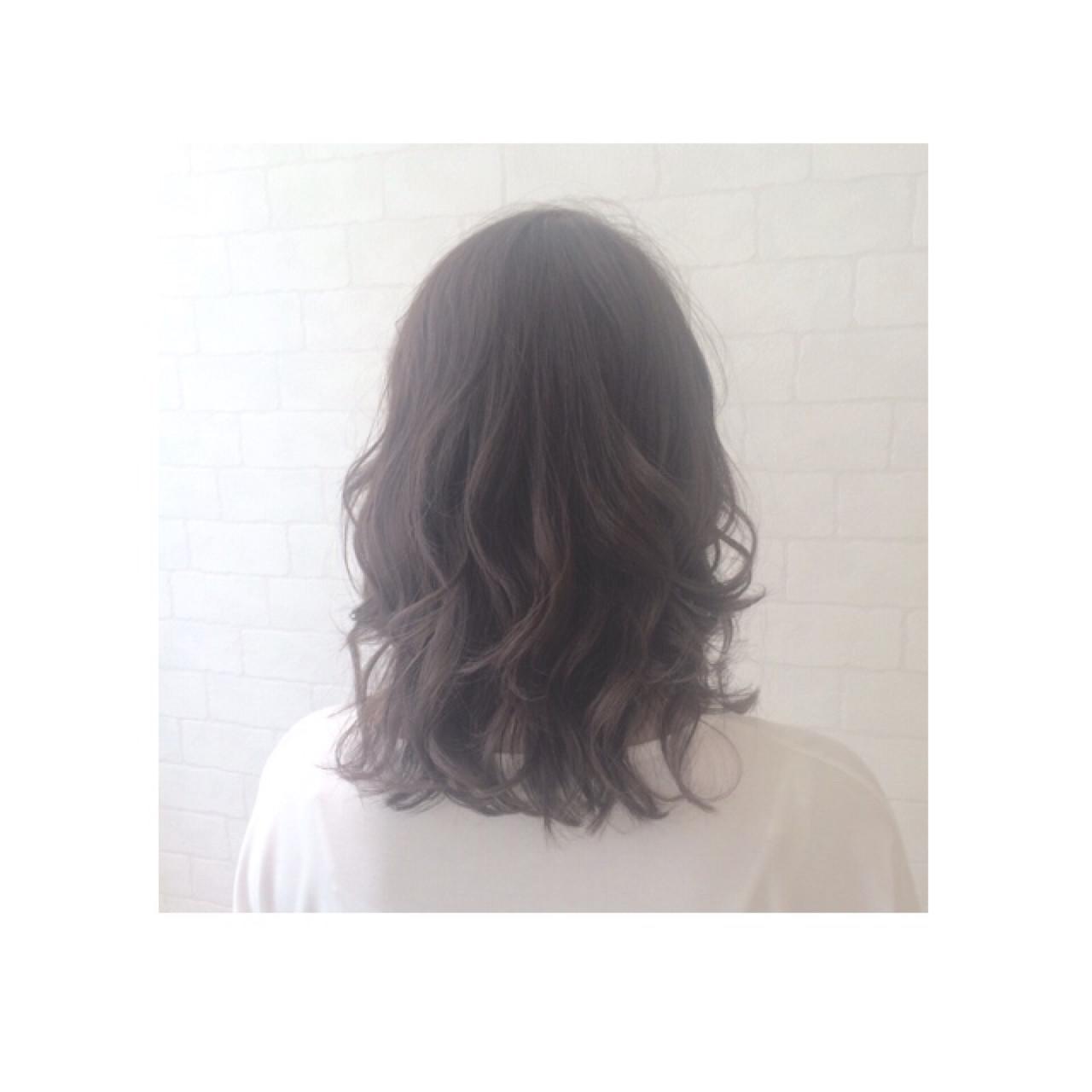 大人かわいい 外国人風 ストリート ミディアム ヘアスタイルや髪型の写真・画像 | AKI / park by merry / park by merry
