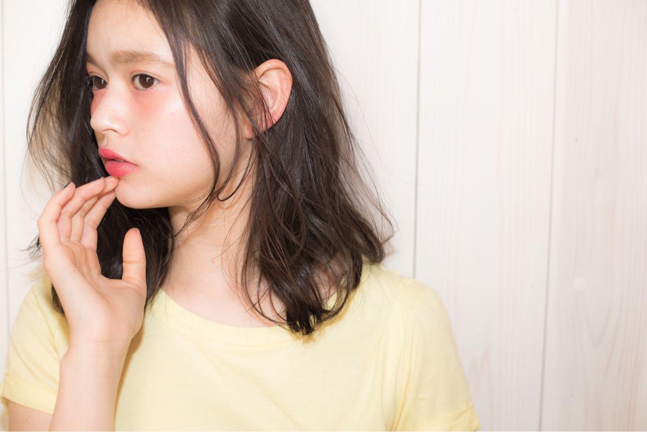 男の子もキュンッときちゃう?!!耳かけ女子が鬼かわいい♡ 久保 雄司 / AnZie