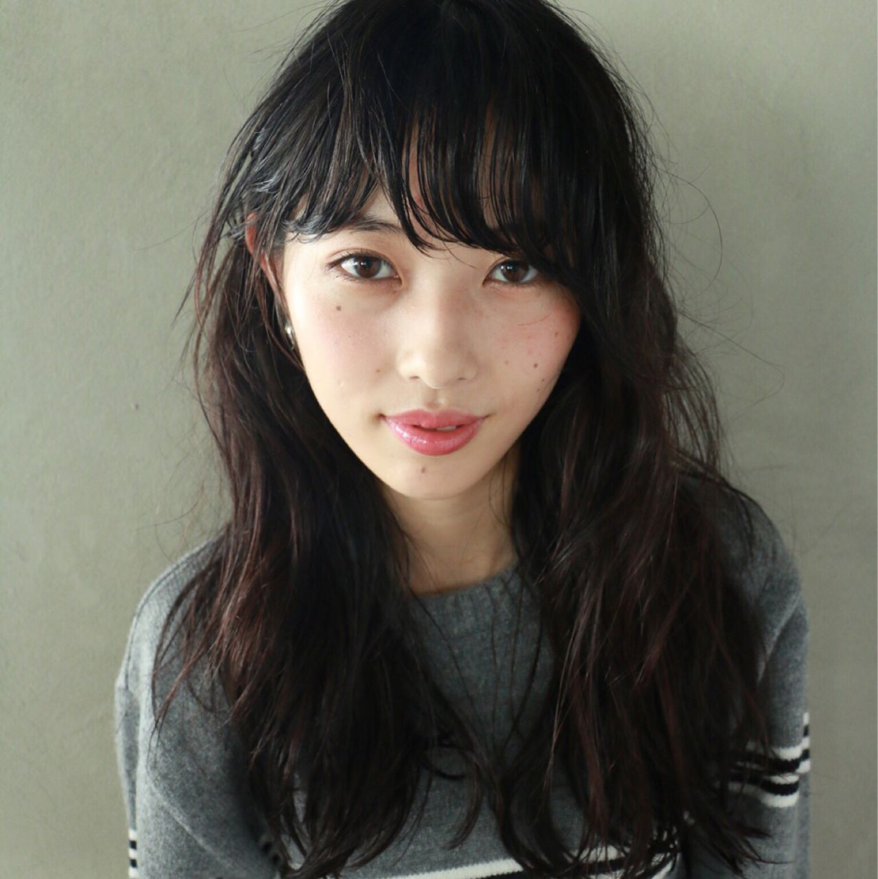 黒髪 透明感 前髪パーマ ナチュラル ヘアスタイルや髪型の写真・画像 | 高橋 忍 / nanuk渋谷店(ナヌーク)