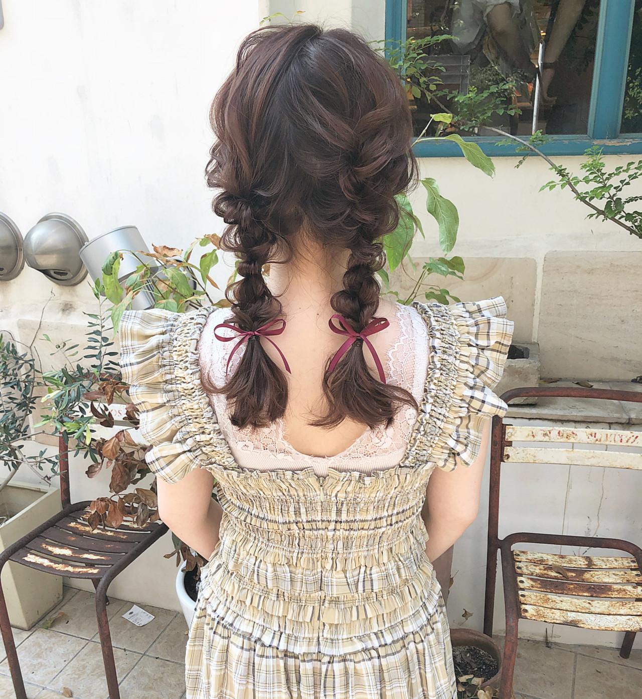 セミロング 編みおろしツイン 編みおろし デート ヘアスタイルや髪型の写真・画像