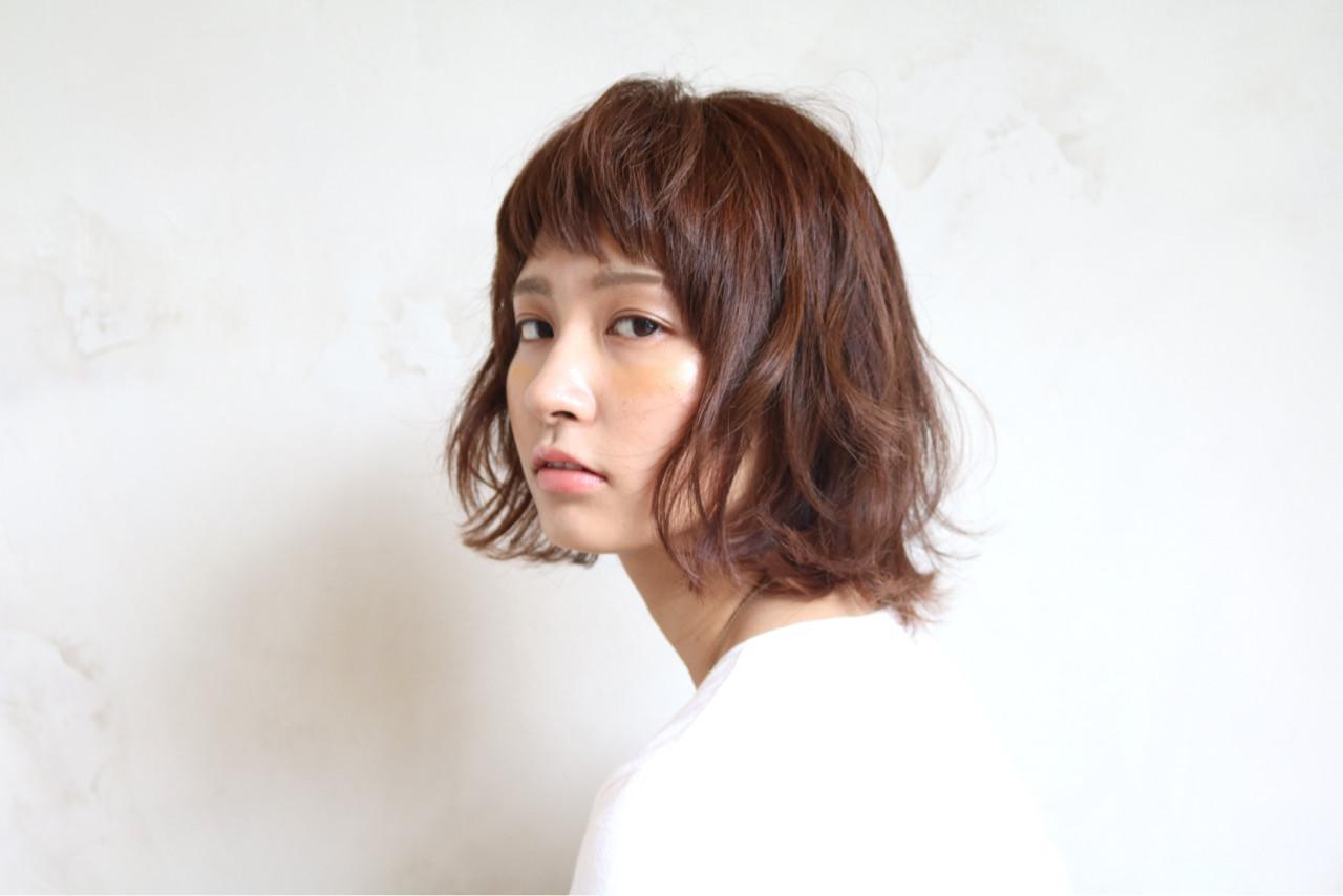 ボブ ストリート アッシュ ワイドバング ヘアスタイルや髪型の写真・画像 | 川邊 祥史 / Delight D-CINEMA