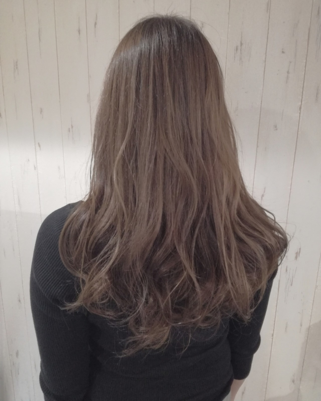 ロング 透明感 フェミニン ベージュ ヘアスタイルや髪型の写真・画像   西川 敏夫 / Any
