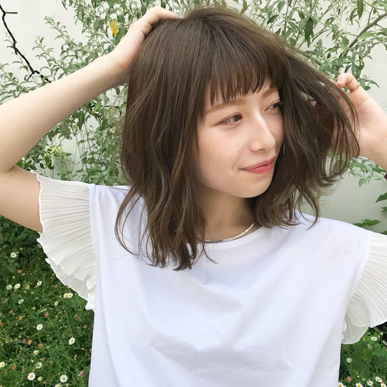 カーキアッシュ ミディアム 抜け感 グレージュ ヘアスタイルや髪型の写真・画像 | 伊藤愛子 GARDEN / GARDEN  omotesando