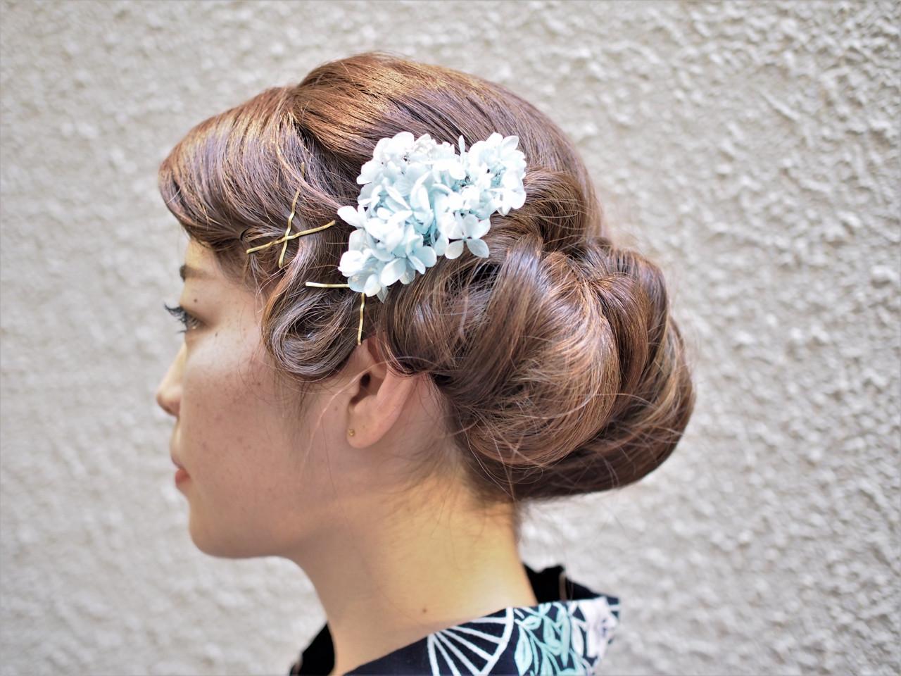 ウェーブ モード ヘアアレンジ 和装 ヘアスタイルや髪型の写真・画像   志治 幸佳 / Coni