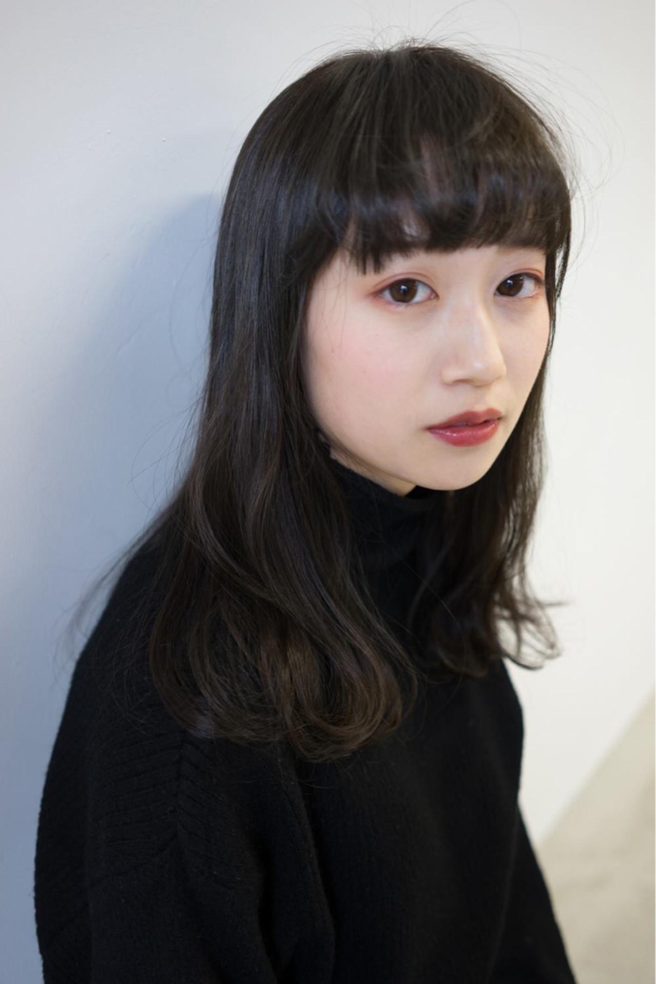 ナチュラル 暗髪 グレージュ グレー ヘアスタイルや髪型の写真・画像 | 桝田 由佳 / フリーランスでしてます!お電話のご予約不可です