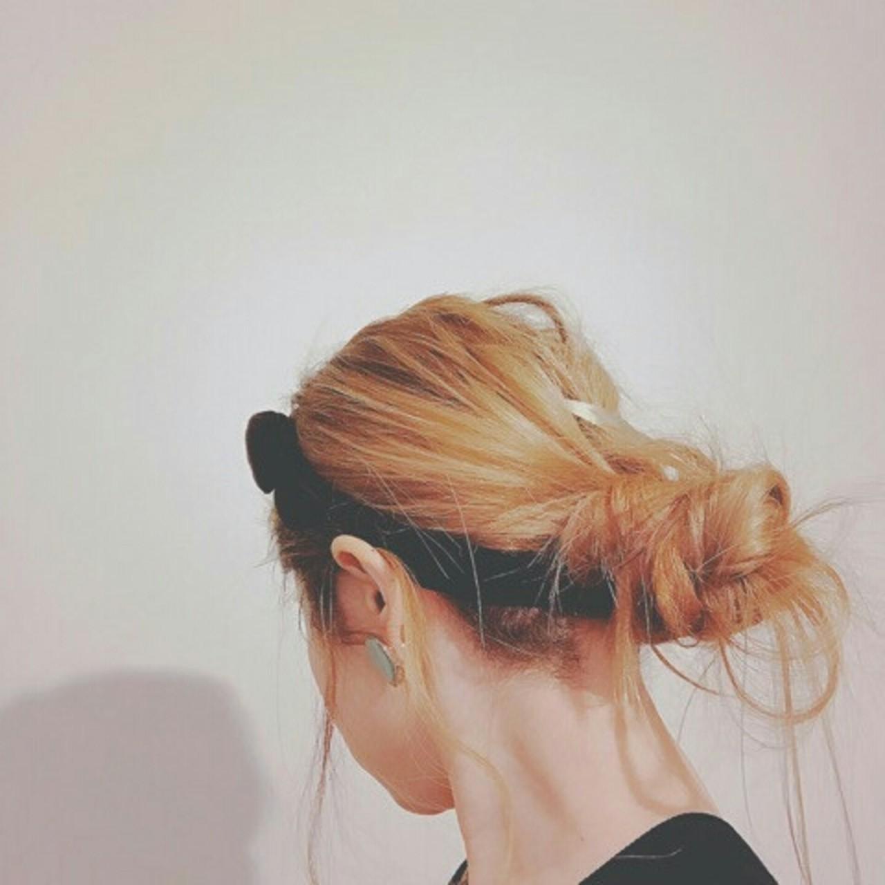 ロング お団子 ヘアアレンジ 外国人風 ヘアスタイルや髪型の写真・画像 | 浦川由起江 / nanon