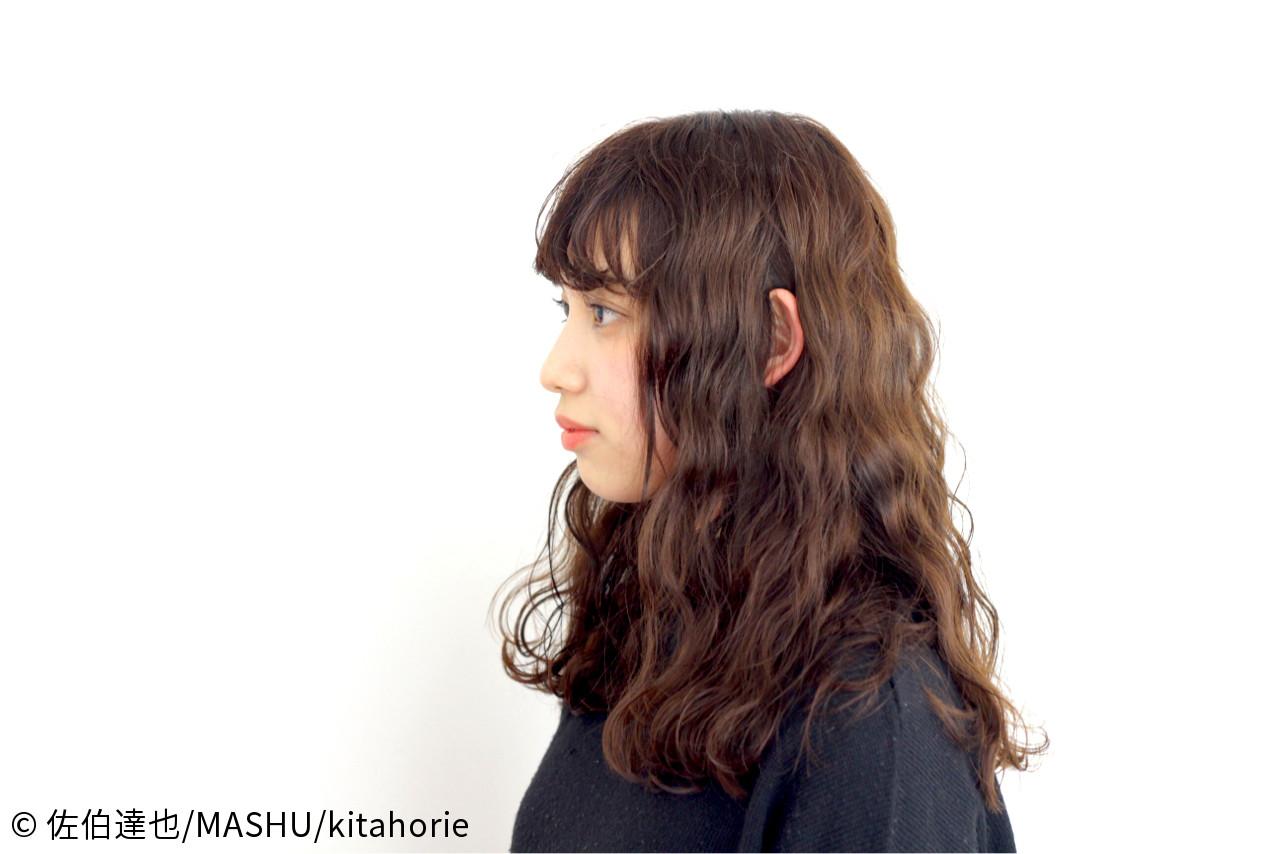 ゆるふわ 夏 外国人風 波ウェーブ ヘアスタイルや髪型の写真・画像   佐伯達也/MASHU/kitahorie / MASHU 北堀江店