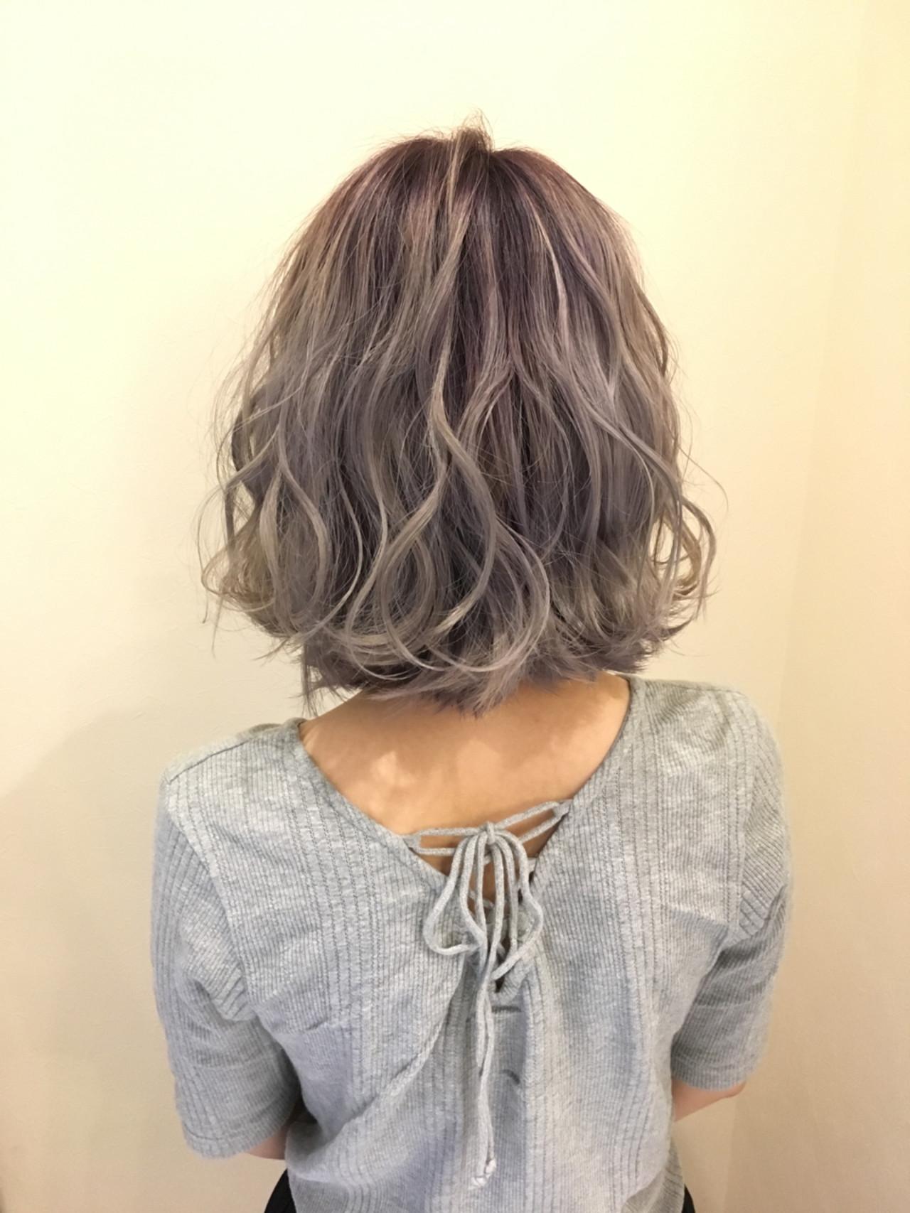 ボブ グラデーションカラー 透明感 フェミニンヘアスタイルや髪型の写真・画像