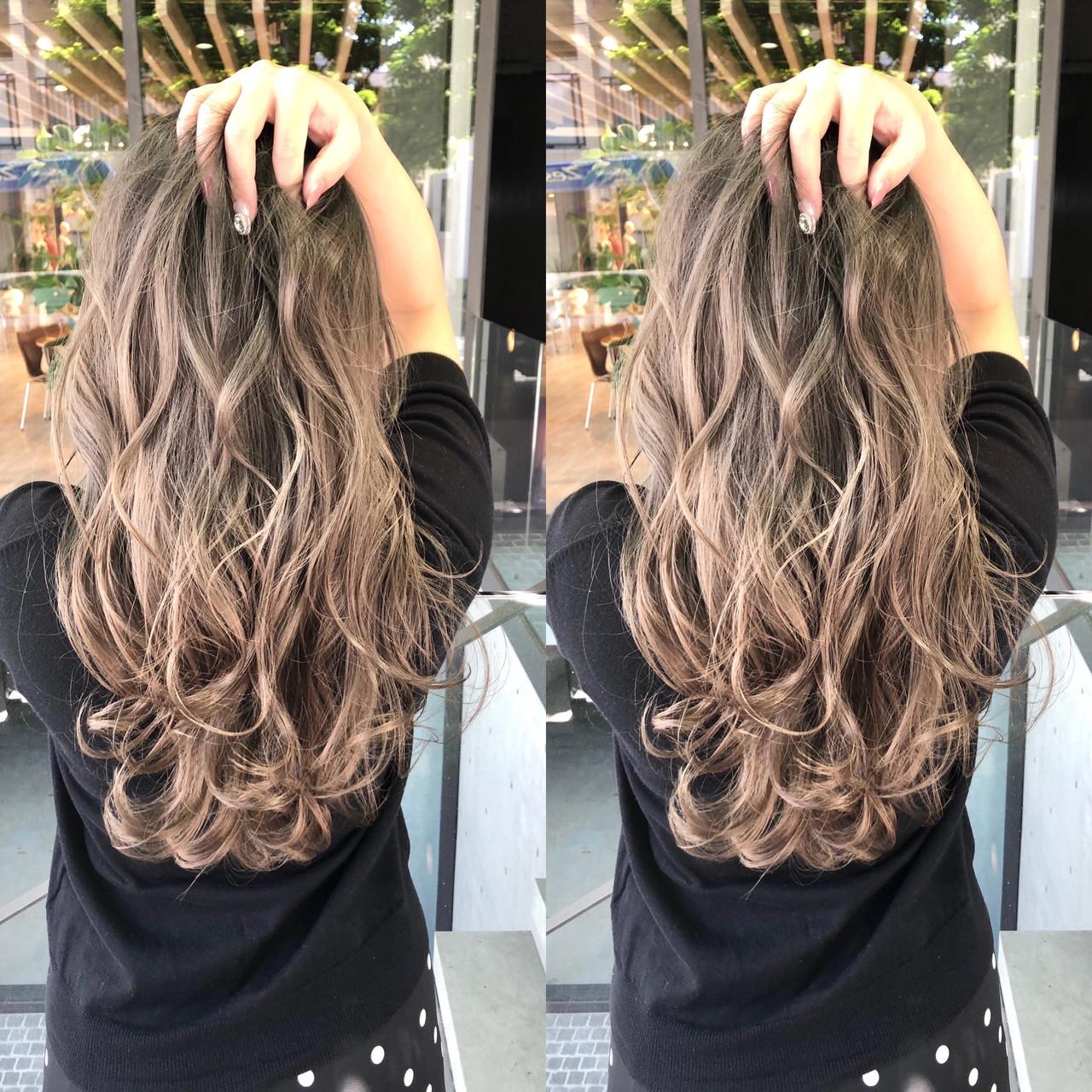 ストリート アッシュグレージュ ハイライト グレージュヘアスタイルや髪型の写真・画像