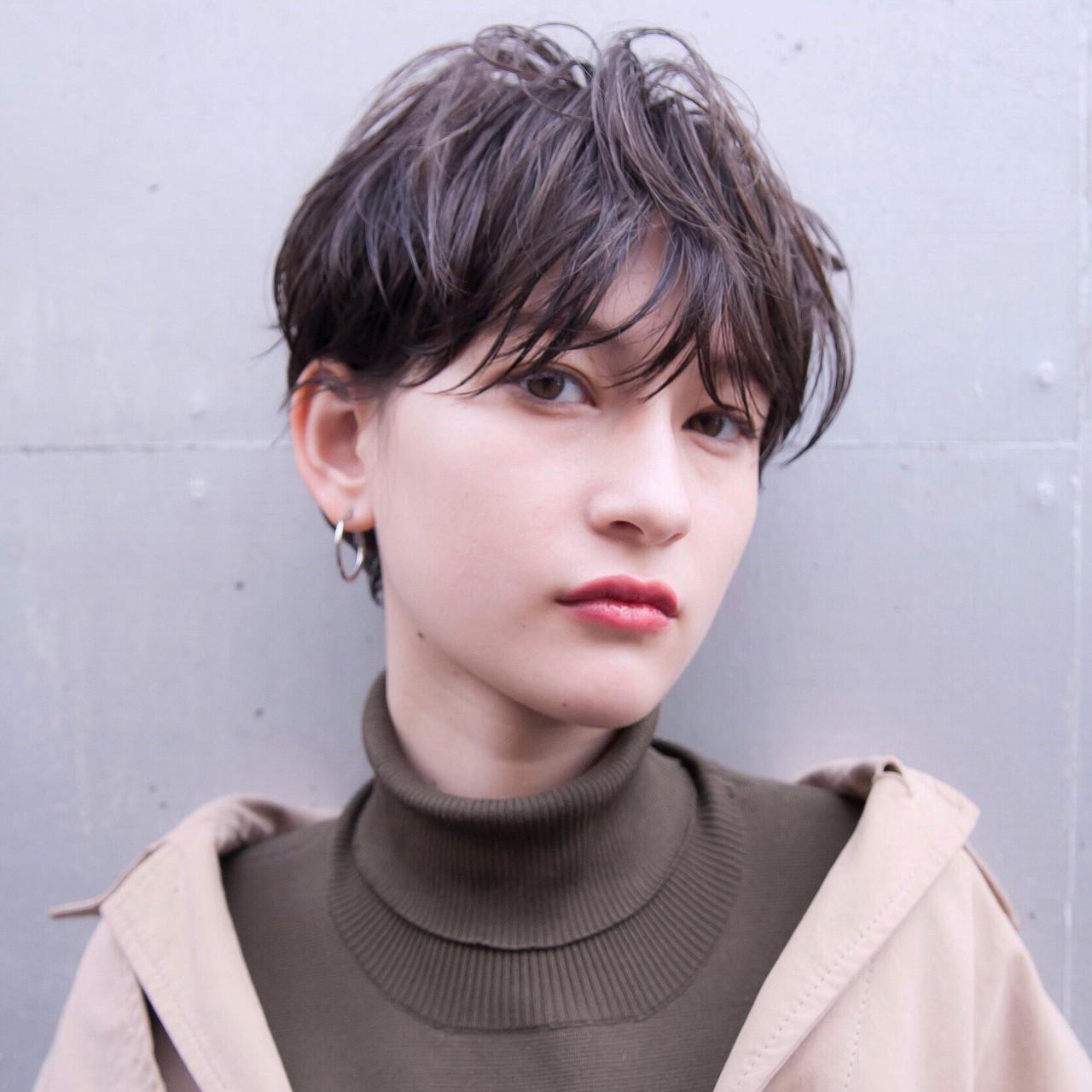 ショートヘア グレージュ ベリーショート ショート ヘアスタイルや髪型の写真・画像