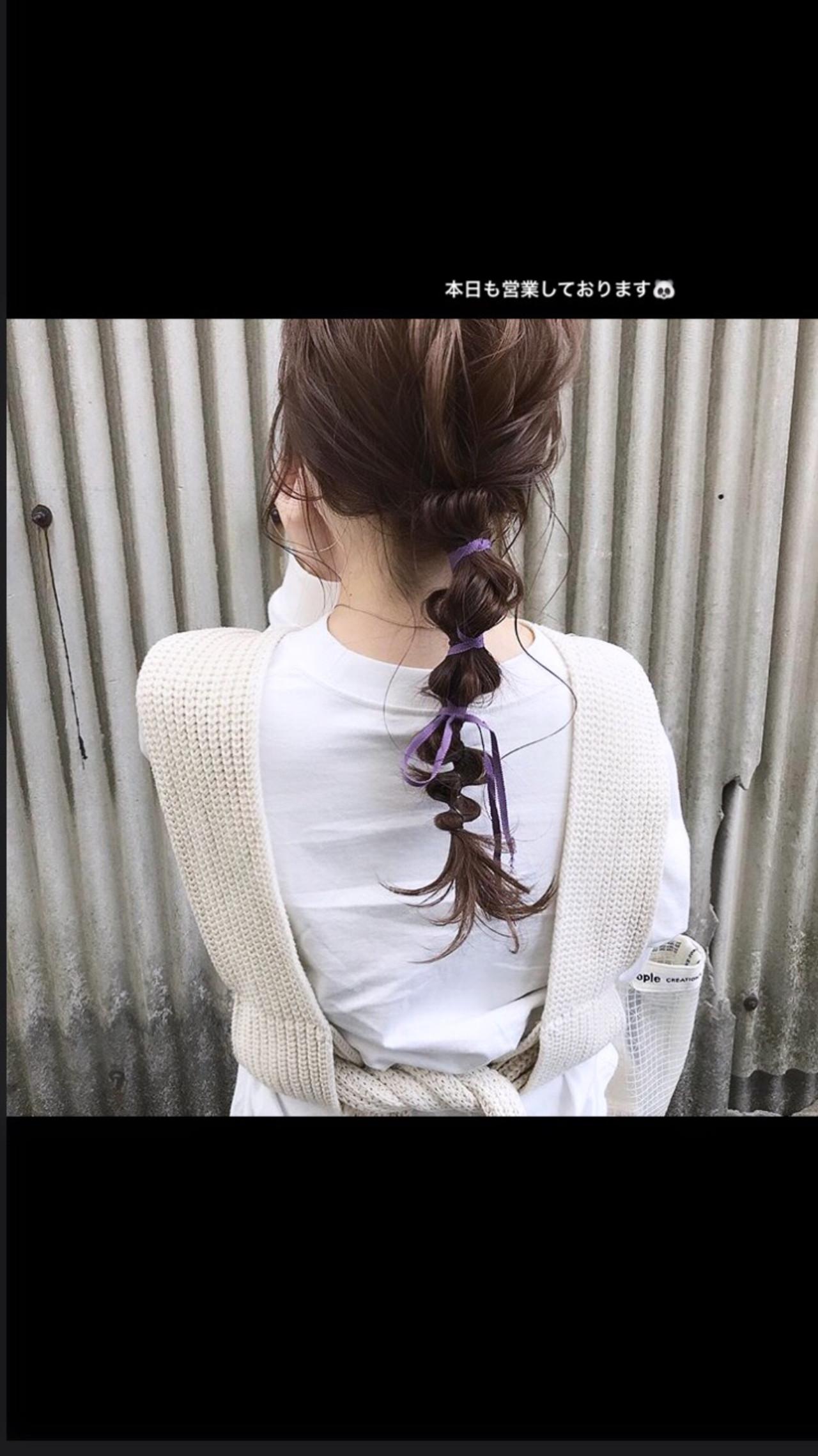 カジュアル お呼ばれヘア 簡単ヘアアレンジ ロング ヘアスタイルや髪型の写真・画像 | 粉川菜月 / oli