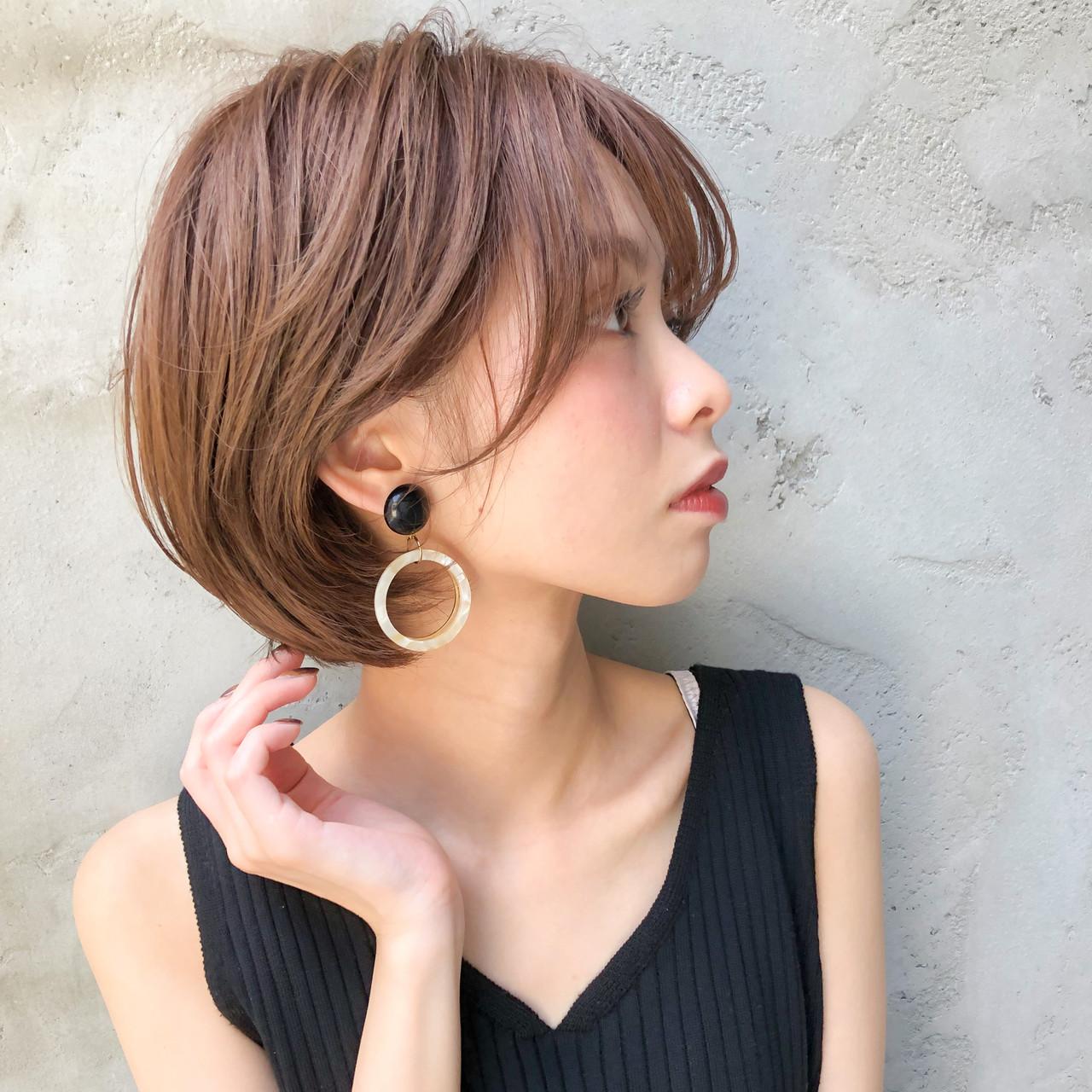 ひし形シルエット ショートヘア ショートボブ ゆるナチュラルヘアスタイルや髪型の写真・画像