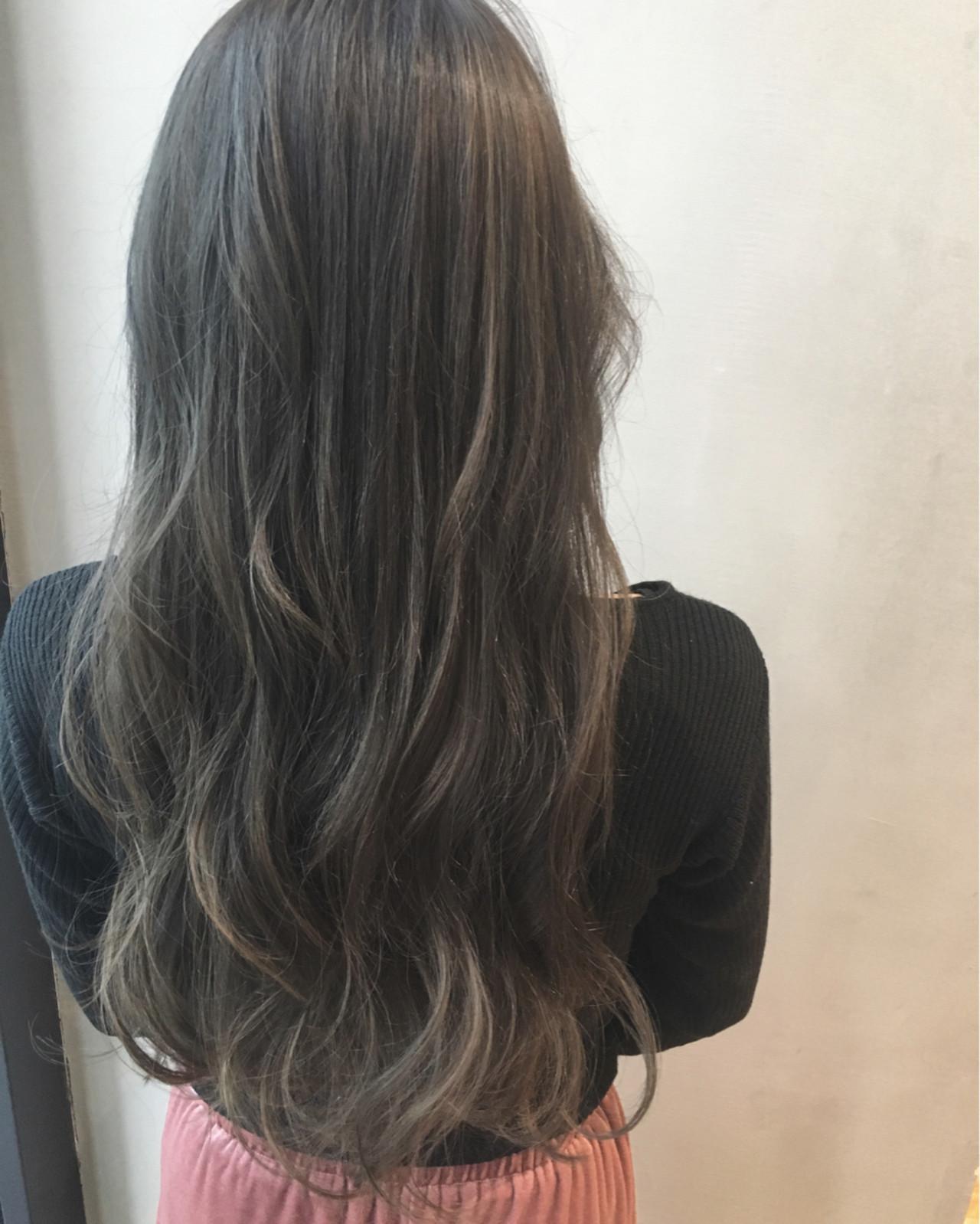 ハイライト ナチュラル グラデーションカラー 暗髪ヘアスタイルや髪型の写真・画像