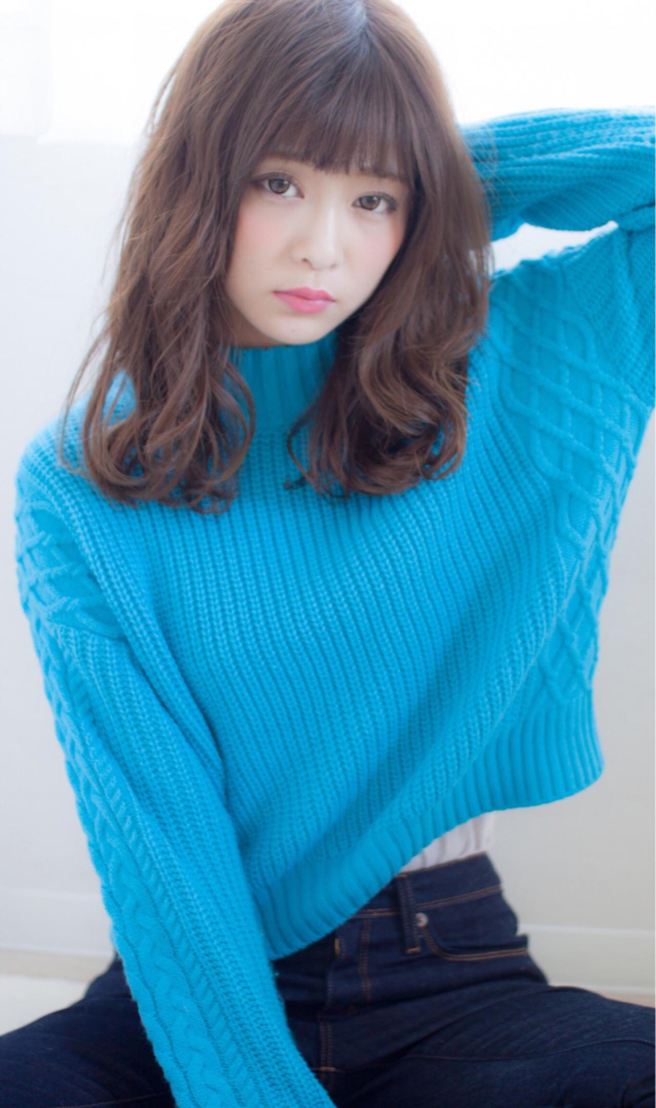 セミロング アッシュ ナチュラル ゆるふわ ヘアスタイルや髪型の写真・画像 | 今井 寛子 / LOUIMADNA栄
