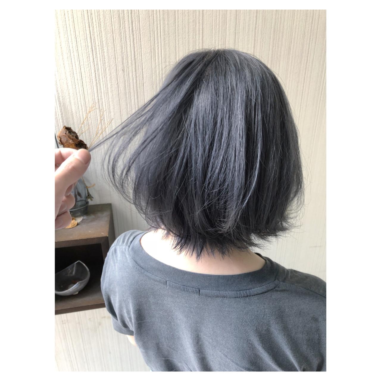 ガーリー アンニュイほつれヘア ブルージュ グレージュ ヘアスタイルや髪型の写真・画像 | クラ / TOMCAT