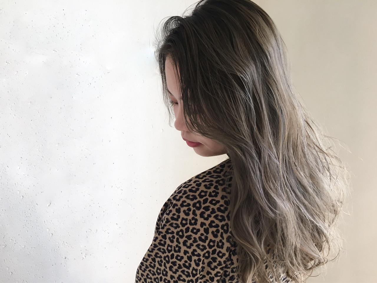 外国人風カラー ナチュラル バレイヤージュ ニュアンス ヘアスタイルや髪型の写真・画像 | 鈴木 謙太 / HAIRLOGY