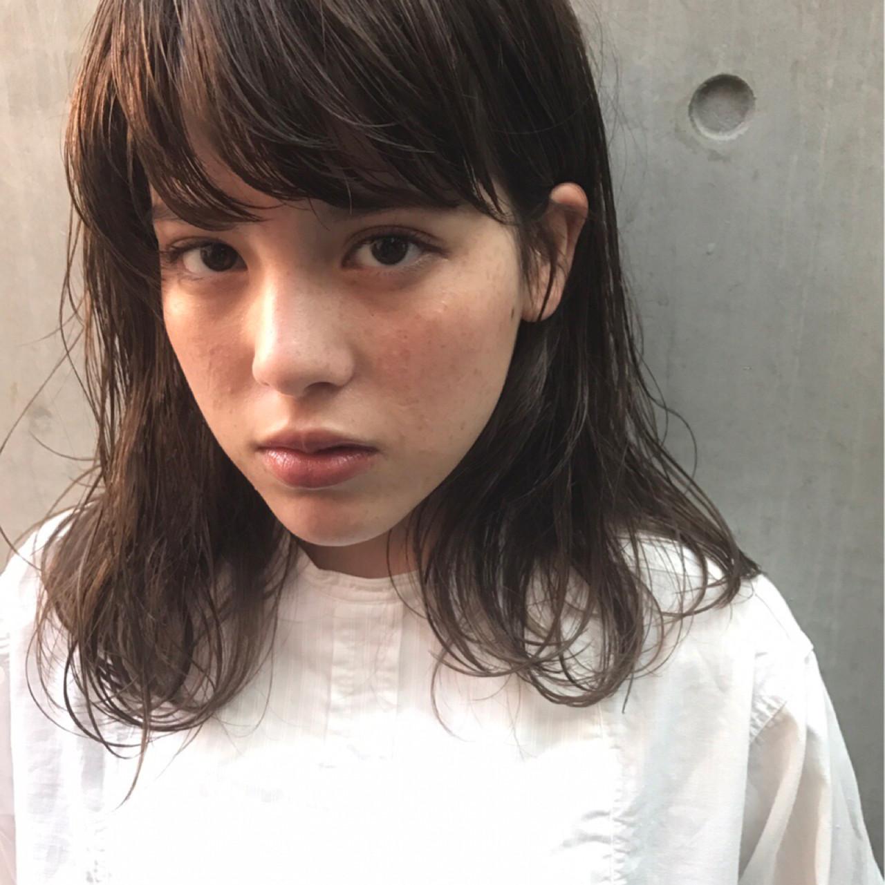 黒髪 ナチュラル ミディアム パーマ ヘアスタイルや髪型の写真・画像 | UEKI/nanuk / nanuk二子玉川