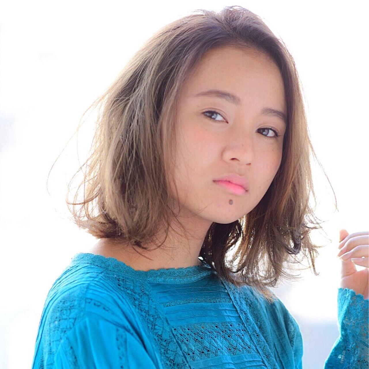 ボブ ナチュラル 色気 小顔 ヘアスタイルや髪型の写真・画像   吉田直人 / tricca balcony hayama